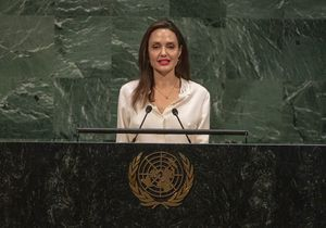 Angelina Jolie évoque l'idée de se lancer en politique