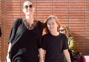 Angelina Jolie : le sourire aux lèvres avec sa fille Vivienne en pleines retrouvailles de Brad Pitt et Jennifer Aniston
