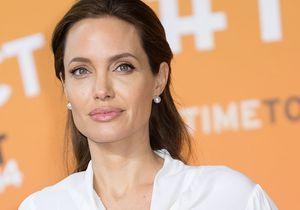 Angelina Jolie parle de ses lettres d'amour à Brad Pitt