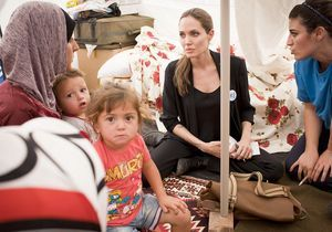 Angelina Jolie récompensée pour son engagement humanitaire