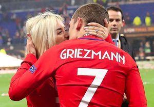 Antoine Griezmann et sa femme : tendre baisers pour le champion, et câlins avec leur fille !