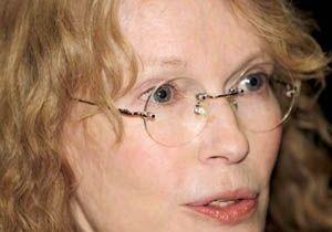 Après sa fille et son neveu, Mia Farrow perd son frère