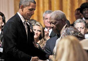 Barack Obama chante le blues devant Mick Jagger