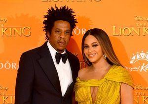 Beyoncé : son époux Jay-Z arrache le téléphone d'un homme qui la filme en soirée