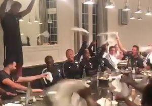 Bizuté par les Bleus, Benjamin Lecomte met le feu à table, mais c'est N'Golo Kanté qui fait le buzz !