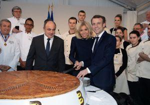 Brigitte et Emmanuel Macron : complices pour découper la galette des rois