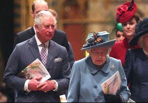 Buckingham dévoile deux clichés inédits de la reine Elisabeth et du prince Charles pour Pâques