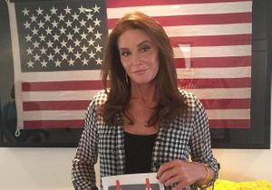 Caitlyn Jenner engage la styliste d'Angelina Jolie