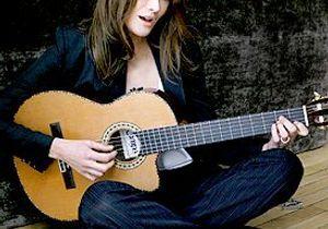 Carla Bruni chante sur la BBC