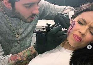 Cette chanteuse se fait tatouer le visage de Harry Styles sur la joue : voilà le résultat