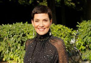 Cristina Cordula : souriante au bras de son fils à Roland-Garros