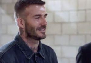 David Beckham : la vidéo gênante du footballeur qui découvre sa statue ratée