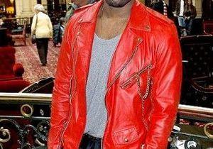 Fashion Week : Kanye West, persona non grata