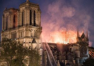 Garou, Marion Cotillard, Barack Obama… : la tristesse après l'incendie de Notre-Dame