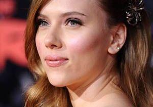 Gwyneth Paltrow / Scarlett Johansson : crêpage de chignon !