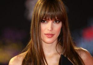 Iris Mittenaere en couple : folle amoureuse de Diego El Glaoui, elle lui fait une déclaration d'amour !