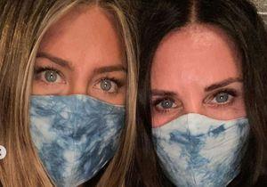 Jennifer Aniston et Courteney Cox : la photo choc pour le port du masque