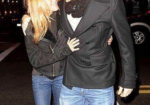 Jennifer Aniston : John Mayer chante pour elle !
