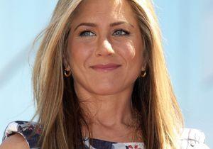 Jennifer Aniston ne veut pas de sa mère à son mariage