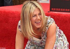Jennifer Aniston : ses empreintes sur Hollywood Boulevard !