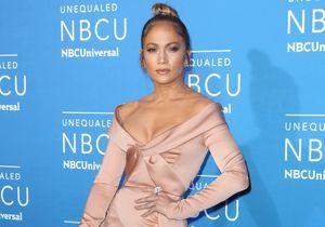 Jennifer Lopez pose avec sa mère : la ressemblance est frappante