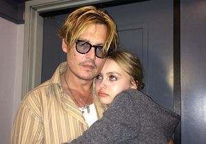 Johnny Depp collectionne les poupées de sa fille