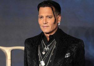 Johnny Depp : la photo de l'acteur sur un brancard, accusant Amber Heard de violences