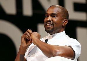 Kanye West : en pleine séparation, le rappeur porte toujours son alliance