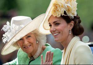 Kate Middleton et Camilla Parker Bowles enfreignent le protocole et manquent de respect à la reine