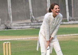 Kate Middleton rayonne et s'offre une partie de cricket à Lahore