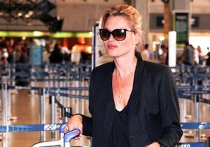 Ivre, Kate Moss se fait remarquer à bord d'un avion low cost !