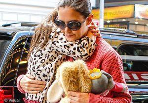 Katie Holmes offre 36 000 € de cadeaux de Noël à Suri !