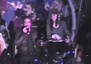 Katy Perry et Robert Pattinson se lâchent en karaoké