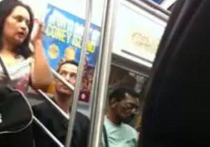 Keanu Reeves prend le métro comme tout le monde !