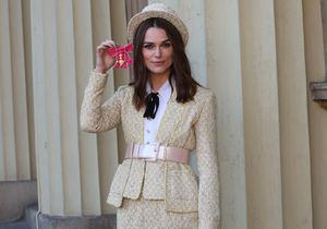Keira Knightley, sublime avec un look de Parisienne pour rencontrer le prince Charles
