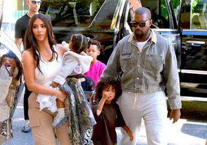 Kim Kardashian met Kanye West à l'honneur pour la fête des pères