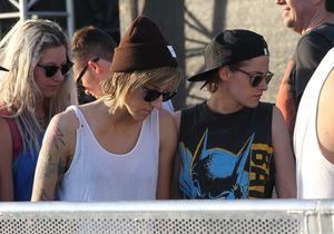 Kristen Stewart main dans la main avec son amie à Coachella