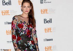 Kristen Stewartpasse en mode reconquête