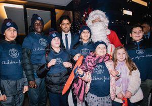 Kylian Mbappé : déguisé en Père Noël, il surprend les enfants présents au match !