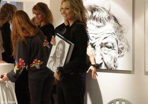La dédicace de Kate Moss chez Colette en images