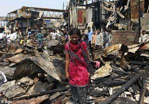 """La jeune actrice de """"Slumdog Millionaire"""" a perdu sa maison"""