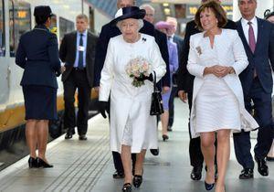 La reine d'Angleterre dans l'Eurostar, direction Paris !