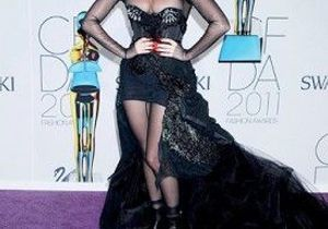 Lady GaGa fait le tour des télés françaises