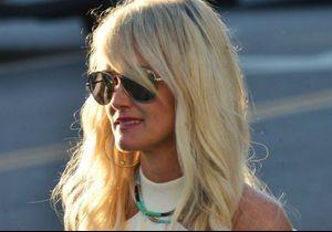 Laeticia Hallyday : elle répond (à sa façon) aux proches de Johnny qui la critiquent