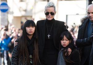 Laeticia Hallyday, très présente pour ses filles Jade et Joy