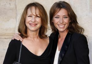 Laura Smet, avec Nathalie Baye, elle retrouve « l'espoir et le sourire »