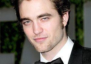Le héros de « Twilight » sur la croisette : la rumeur gonfle !