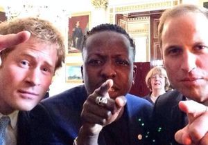 Le selfie princier d'Harry et William qui fait le buzz