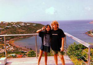 Les vacances de rêve de Jade et Joy Hallyday avec Roman, le fils de Marc Lavoine