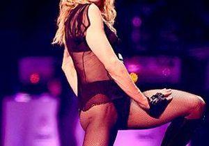 Madonna dédie « Like a virgin » à Benoît XVI